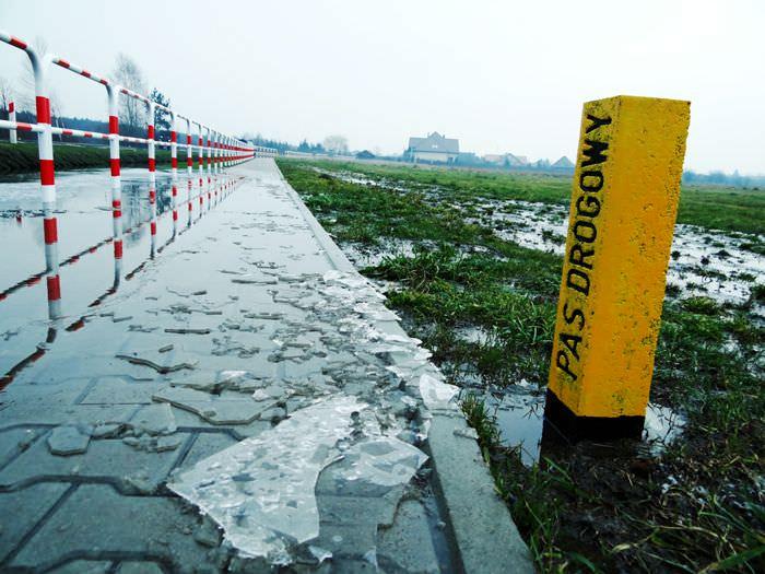 pas-drogowy-wodny