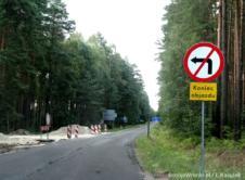 Droga wojewódzka nr 149, łącząca Jasionnę i Rzecin została tymczasowo zamknięta. Koniec prac zaplanowano na początek września. W ubiegły czwartek rozpoczęły się prace związane z remontem nawierzchni na drodze wojewódzkiej nr 149. W czasiegdy wykonywane będą prace nawierzchniowe, droga zostanie całkowicie zamknięta. Podróżni będą musieli korzystać z wyznaczonego objazdu tylko kilka dni.Następnie zostanie wprowadzony ruch […]