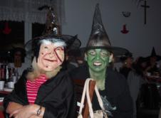 19 listopada na świetlicy wiejskiej w Chojnie odbyła się impreza Czarownic z całej gminy. 19 listopada na świetlicy wiejskiej w Chojnie, odbyła się zorganizowana przez Koło Gospodyń Wiejskich z Chojna zabawa taneczna, w której mogły uczestniczyć wszystkie KGW z gminy Wronki. Zabawa dzieliła się na kilka różnych etapów, całość rozpoczęła się o godzinie 17:00. W […]