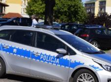 Policja zatrzymała 21-letniego mieszkańca Poznania oraz jego kuzyna. Jeden z nich podejrzany jest o kradzież rowerów, a drugi o spalenie skradzionych dokumentów. Grozi im kara więzienia. W zeszłym tygodniu informowaliśmy o kradzieży dwóch rowerów. Dodatkowo mężczyzna ukradł z samochodu plecak z dokumentami. Z miejsca kradzieży odjechał jednośladem, należącym do tego samego poszkodowanego. Na miejsce rabunku […]