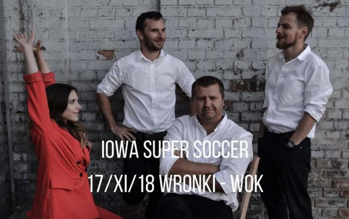 Już w tę sobotę w WOK-u odbędzie się niesamowity koncert zespołu Iowa Super Soccer. W sobotę 17 listopada we Wronieckim Ośrodku Kultury o godzinie 19:00 odbędzie się koncert zespołu pochodzącego z Mysłowic, grającego muzykę alternatywną, Iowa Super Soccer. Zespół Iowa Super Soccer został założony w 2004 roku w Mysłowicach. Muzyka inspirowana jest głównie takimi nurtami […]